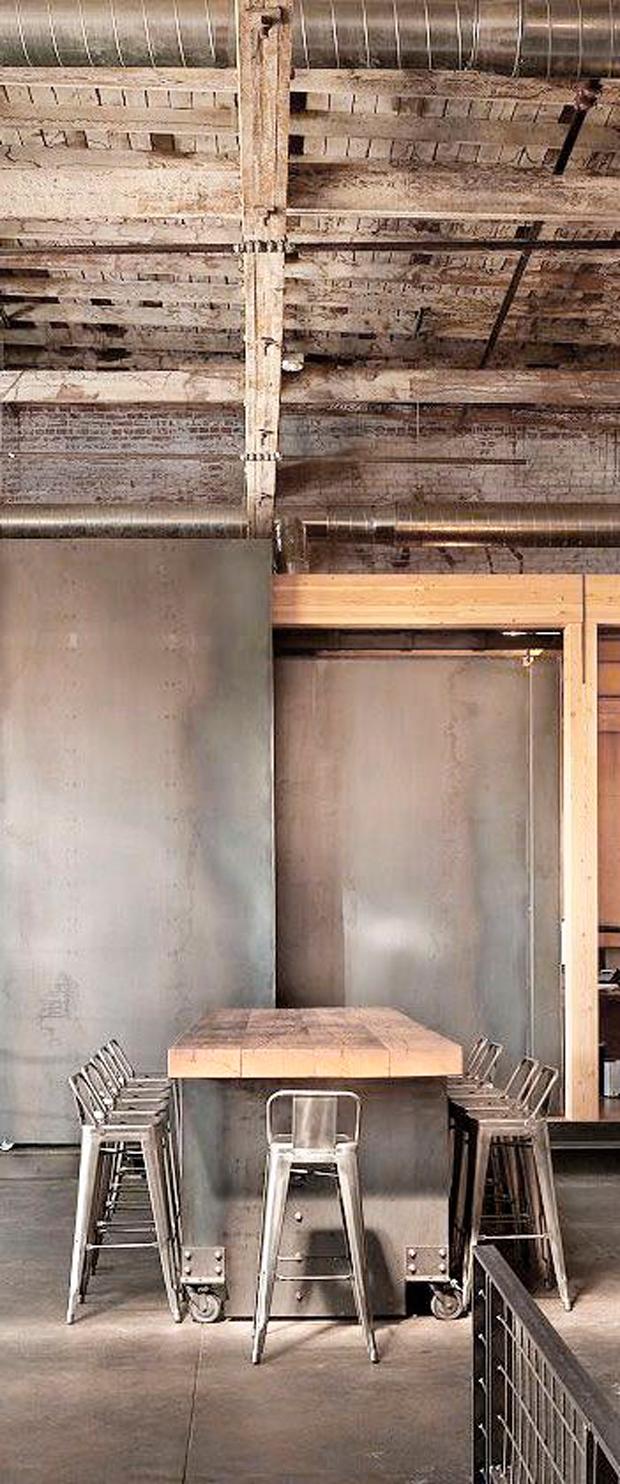 clés pour décorer des tabourets de style industriel